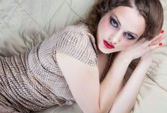 Retrato de la mujer joven con los ojos grandes Imagen de archivo libre de regalías