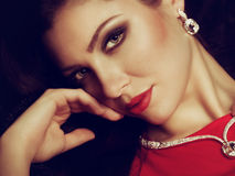 Retrato de la mujer joven hermosa Imagen de archivo libre de regalías