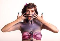 Retrato de la mujer joven hermosa con maquillaje creativo del arte pop Foto de archivo