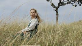 Retrato de la mujer medieval Viking almacen de video