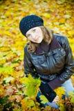 Retrato de la mujer - otoño Imagen de archivo libre de regalías