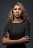 Retrato de la mujer rubia fotografía de archivo