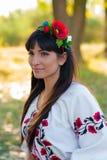Retrato de la mujer ucraniana hermosa Fotos de archivo