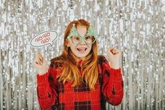Retrato de la Navidad de la niña linda Foto de archivo