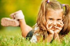 Retrato de la niña adorable foto de archivo libre de regalías