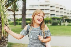 Retrato de la niña adorable Fotografía de archivo