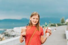Retrato de la niña linda Fotos de archivo libres de regalías