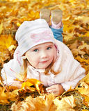 Retrato de la niña linda imagenes de archivo