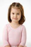 Retrato de la niña sonriente imágenes de archivo libres de regalías