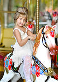 Retrato de la niña al aire libre Fotos de archivo libres de regalías