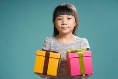 Retrato de la pequeña muchacha asiática linda joven imagen de archivo libre de regalías