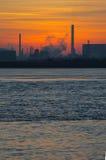 Retrato de la puesta del sol de la industria Fotografía de archivo