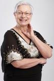 Retrato de la sonrisa elegante de la señora mayor Imagen de archivo