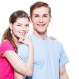 Retrato de los pares felices del abarcamiento Fotos de archivo