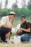 Pescadores emocionados fotos de archivo