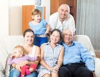 Retrato de multigeneración feliz Foto de archivo libre de regalías