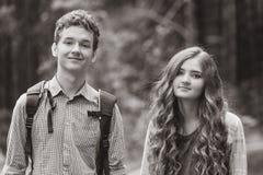 Retrato de pares adolescentes felices Fotografía de archivo