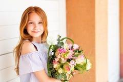 Retrato de pouca menina da criança de 10 anos Imagem de Stock