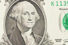 Retrato de presidente George Washington en 1 billete de dólar cierre fotografía de archivo