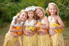 Retrato de quatro meninas fotos de stock