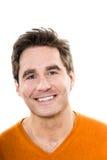 Retrato de sorriso dos olhos azuis consideráveis maduros do homem Foto de Stock
