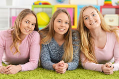 Retrato de tres adolescentes Fotografía de archivo
