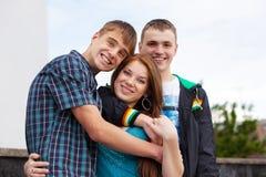 Retrato de tres adolescentes jovenes Fotos de archivo libres de regalías