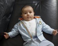 Retrato de um bebé bonito Fotos de Stock