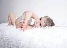 Retrato de um bebê bonito Imagens de Stock Royalty Free