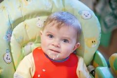 Retrato de um bebê bonito de 6 meses. Imagens de Stock Royalty Free