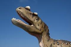 Retrato de um dinossauro, feito nos dinossauros do parque em Leba, Polônia Foto de Stock