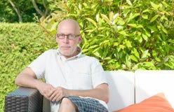 Retrato de um homem de meia idade fotografia de stock royalty free