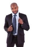 Retrato de um homem de negócio novo do americano africano foto de stock royalty free
