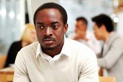 Retrato de um homem de negócios pensativo Fotos de Stock