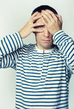 Retrato de um homem em uma veste Foto de Stock Royalty Free