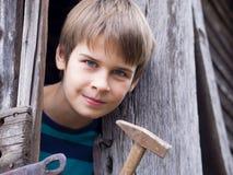 Retrato de um menino considerável fotografia de stock royalty free