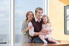 Retrato de um pai e de uma filha Imagens de Stock Royalty Free