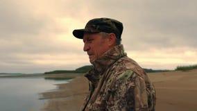 Retrato de um pescador video estoque