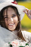 Retrato de um sorriso novo da noiva Fotografia de Stock