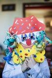 Retrato de uma criança com máscara do carnaval Imagem de Stock