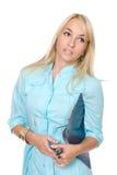 Retrato de uma enfermeira nova com dobradores de arquivo Imagens de Stock Royalty Free