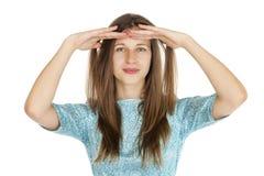 Retrato de uma jovem mulher bonita em um vestido de turquesa no whit Imagens de Stock Royalty Free