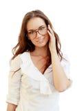 Retrato de uma jovem mulher bonita nos vidros Imagens de Stock Royalty Free