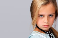 Retrato de uma menina bonita com temperamento Imagem de Stock