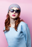 Retrato de uma menina bonita do redhead Imagem de Stock
