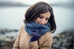 retrato de uma menina bonita exterior Fotografia de Stock