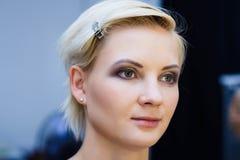 Retrato de uma menina caucasiano bonita imagens de stock royalty free