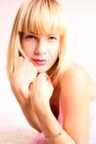 Retrato de uma menina loura Imagem de Stock