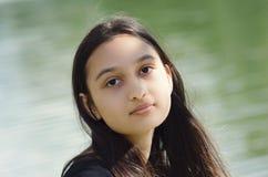 Retrato de uma menina moreno imagens de stock royalty free
