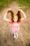 Retrato de uma menina para o festival indiano das cores Holi Fotografia de Stock Royalty Free